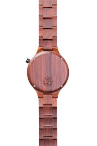 maestro-red-wooden-watch-engravement