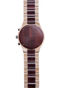 timer-red-wooden-watch-engravement